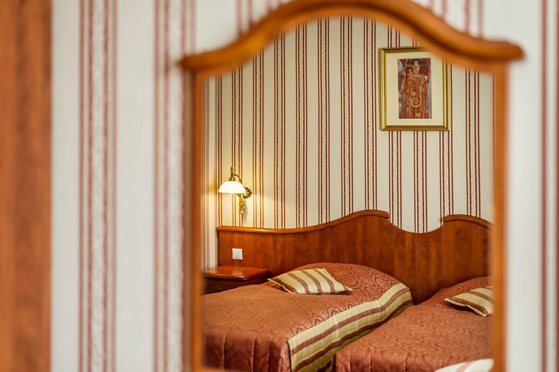 superior pokoje hotel henlex